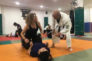 1º Básico – Defensa Personal Femenina – Caidas